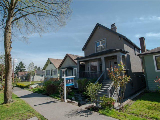 Main Photo: 2164 E 4TH Avenue in Vancouver: Grandview VE House for sale (Vancouver East)  : MLS®# V1117055