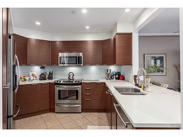 """Main Photo: 212 1236 W 8TH Avenue in Vancouver: Fairview VW Condo for sale in """"GALLERIA II"""" (Vancouver West)  : MLS®# V1142748"""