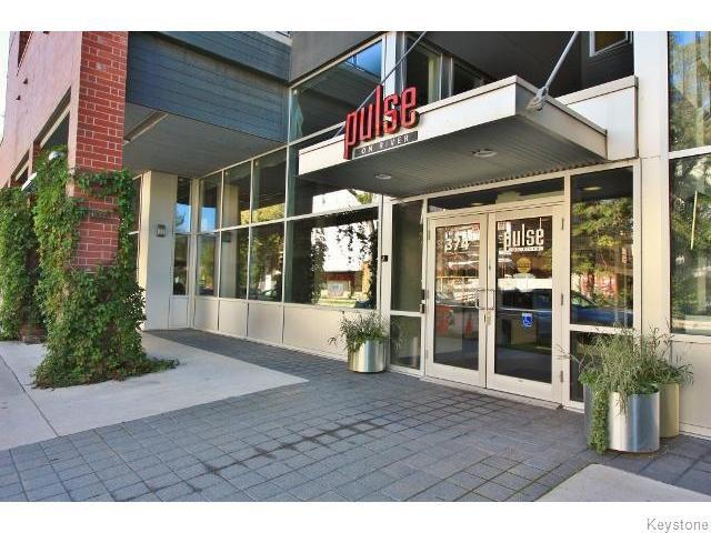 Main Photo: 374 River Avenue in WINNIPEG: Fort Rouge / Crescentwood / Riverview Condominium for sale (South Winnipeg)  : MLS®# 1525916