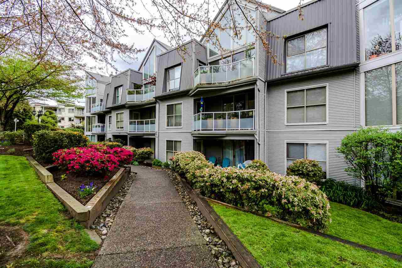 """Main Photo: 510 68 RICHMOND Street in New Westminster: Fraserview NW Condo for sale in """"GATEHOUSE PLACE"""" : MLS®# R2057157"""