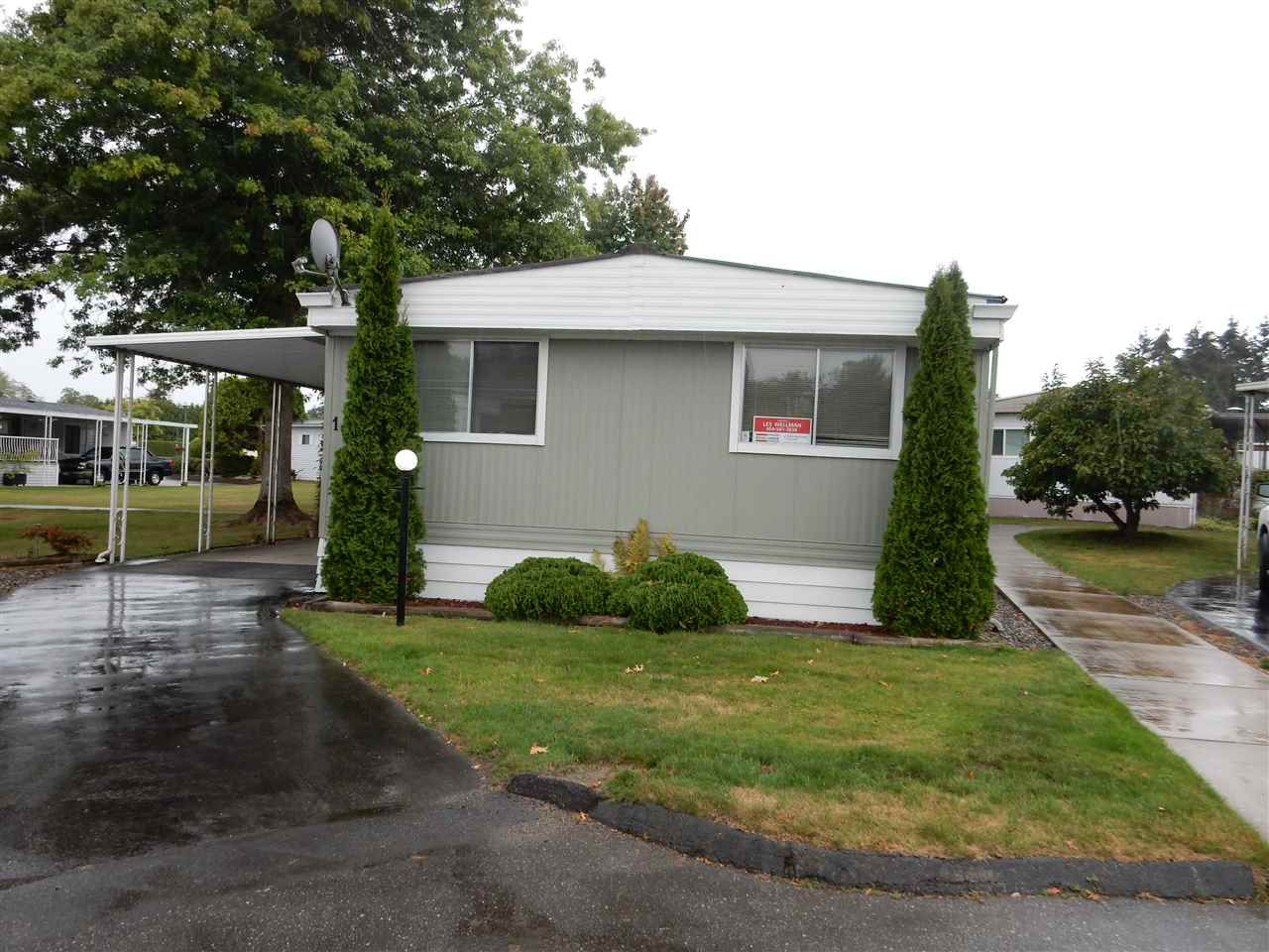 """Main Photo: 156 1840 160 Street in Surrey: King George Corridor Manufactured Home for sale in """"BREAKAWAY BAY"""" (South Surrey White Rock)  : MLS®# R2107144"""