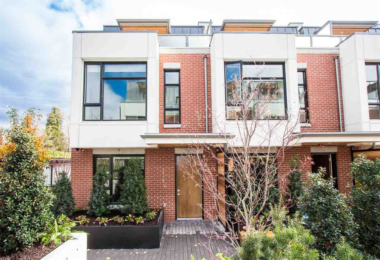 Rarely available brand-new (No GST) Contemporary West Coast design townhouse by prestigious Listraor.  NOT FACING OAK STREET _ VERY QUIET.  Almost 1,800 sq ft corner unit located at the back row with East, West & North exposures.