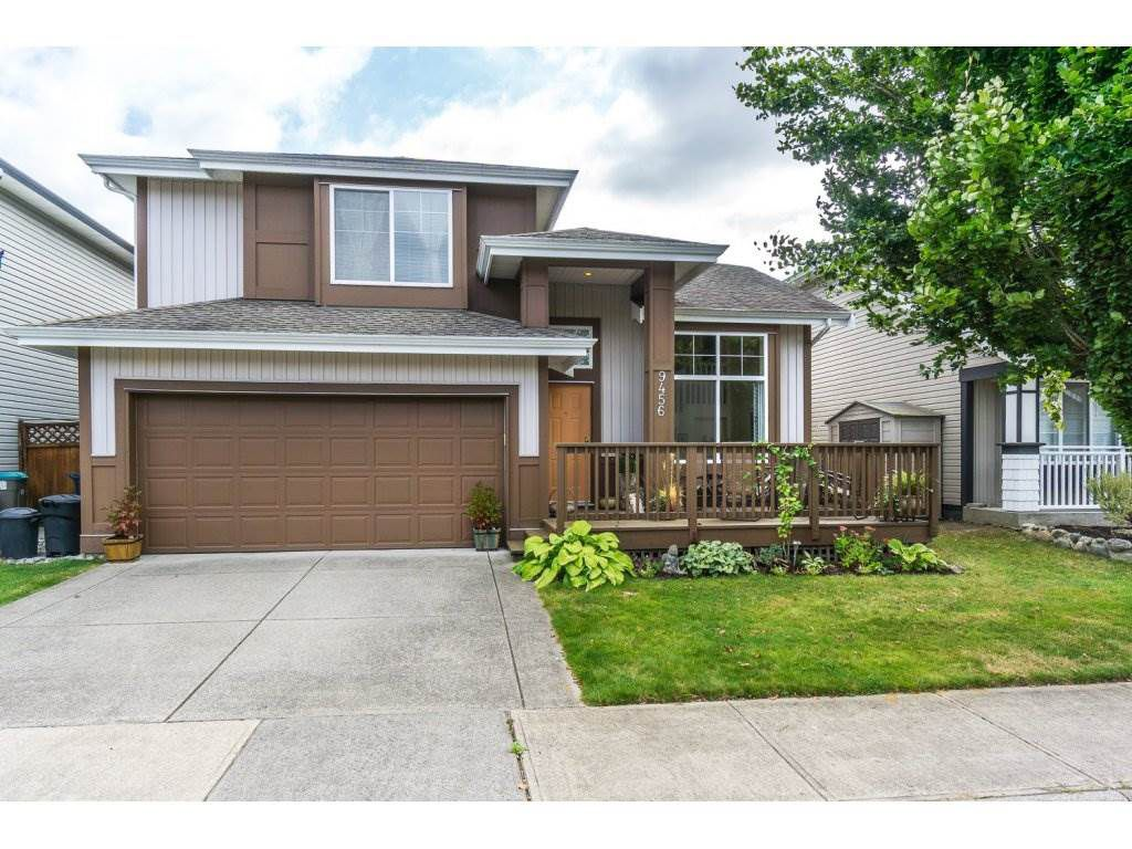 Main Photo: 9456 202B Street in Langley: Walnut Grove House for sale : MLS®# R2125683