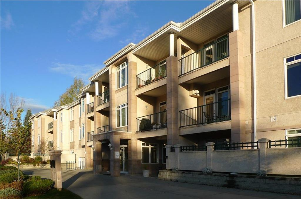 Main Photo: 103 910 70 Avenue SW in Calgary: Kelvin Grove Condo for sale : MLS®# C4120175
