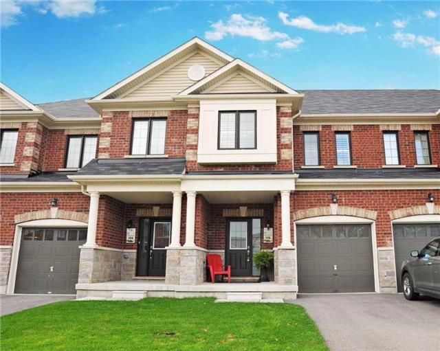 Main Photo: 106 Underwood Drive in Whitby: Brooklin House (2-Storey) for sale : MLS®# E3977208