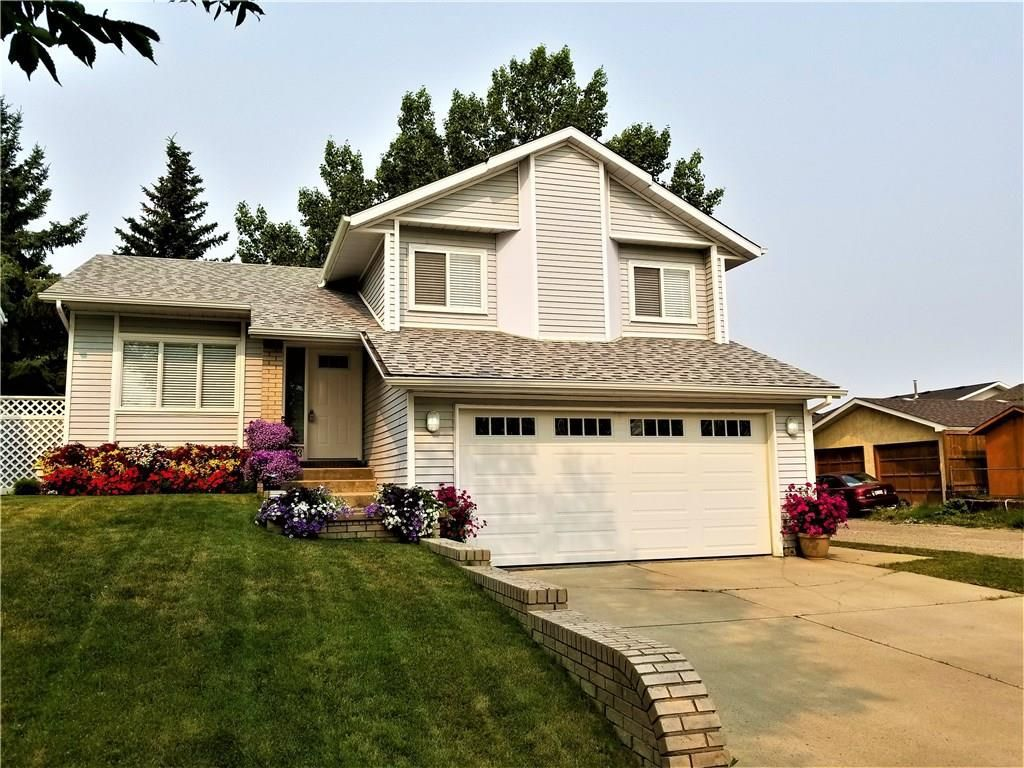 Main Photo: 1003 14 Street SE: High River House for sale : MLS®# C4163035