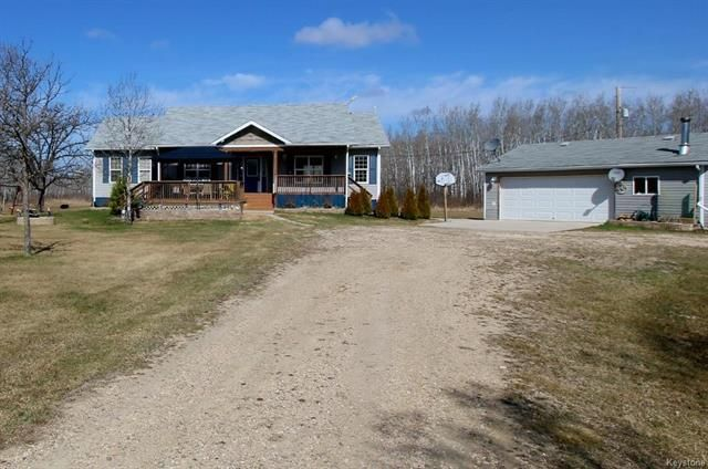 Main Photo: 11024 59 Highway in Roseau River: R17 Residential for sale : MLS®# 1810602