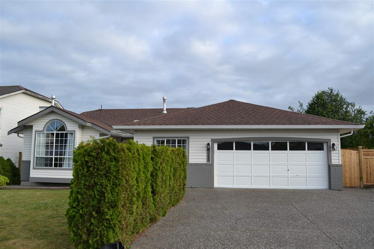 """Main Photo: 30680 CURLEW Drive in Abbotsford: Abbotsford West House for sale in """"TRWEY TO MT. LMN N OF MCLR"""" : MLS®# R2386070"""