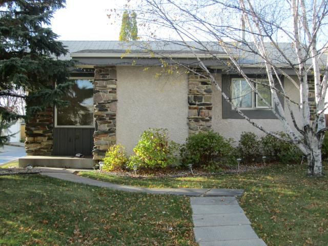 Main Photo: 15 Berard Way in WINNIPEG: Fort Garry / Whyte Ridge / St Norbert Residential for sale (South Winnipeg)  : MLS®# 1121580