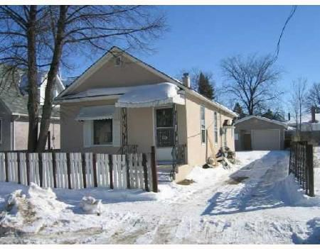 Main Photo: 94 Lusted Ave/: Residential for sale (Point Douglas)  : MLS®# 2802355