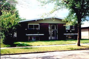 Main Photo: 11824 - 67 Street: Condo for sale (Montrose)  : MLS®# 2319941