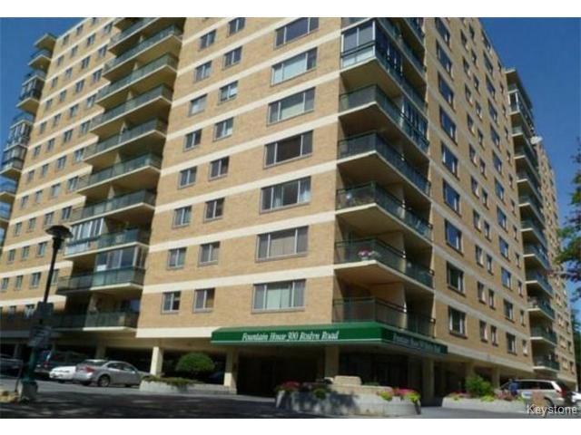 Main Photo: 300 Roslyn Road in WINNIPEG: Fort Rouge / Crescentwood / Riverview Condominium for sale (South Winnipeg)  : MLS®# 1325439