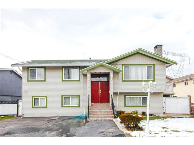 Main Photo: 9145 134B Street in Surrey: Queen Mary Park Surrey House for sale : MLS®# F1404242