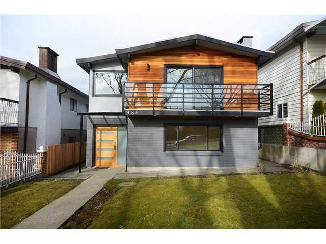 "Main Photo: 985 E 38TH Avenue in Vancouver: Fraser VE House for sale in ""FRASER"" (Vancouver East)  : MLS®# V1048813"