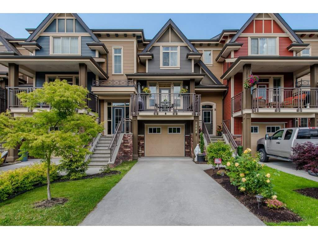 """Main Photo: 5554 CHINOOK Street in Sardis: Vedder S Watson-Promontory Condo for sale in """"LINDYS CROSSING"""" : MLS®# R2173088"""