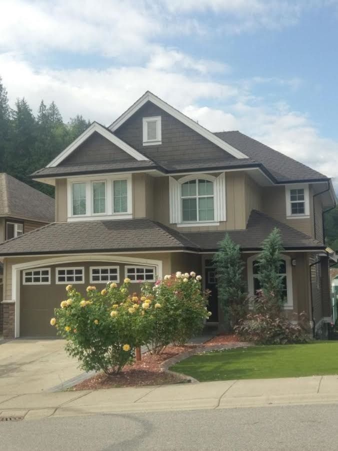 """Main Photo: 45426 ARIEL Place: Cultus Lake House for sale in """"RIVERSTONE HEIGHTS"""" : MLS®# R2180342"""