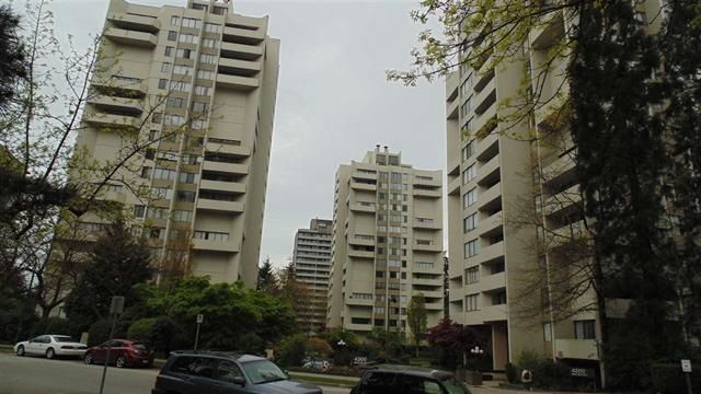"""Main Photo: 1506 4300 MAYBERRY Street in Burnaby: Metrotown Condo for sale in """"TIMES SQUARE"""" (Burnaby South)  : MLS®# R2222762"""