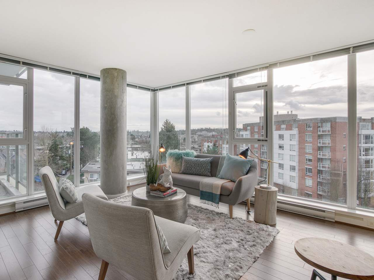 "Main Photo: 709 2770 SOPHIA Street in Vancouver: Mount Pleasant VE Condo for sale in ""STELLA"" (Vancouver East)  : MLS®# R2241610"