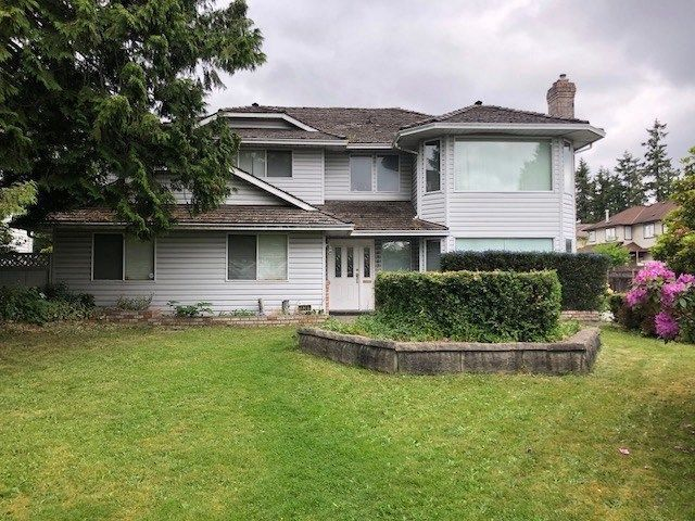 Main Photo: 18387 CLAYTONHILL Drive in Surrey: Cloverdale BC House for sale (Cloverdale)  : MLS®# R2275018