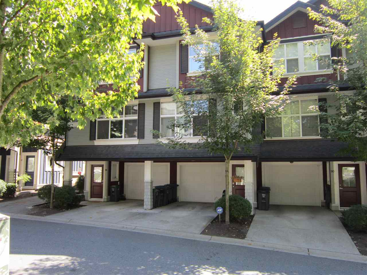 "Main Photo: 89 18199 70 Avenue in Surrey: Cloverdale BC Townhouse for sale in ""AUGUSTA"" (Cloverdale)  : MLS®# R2296651"