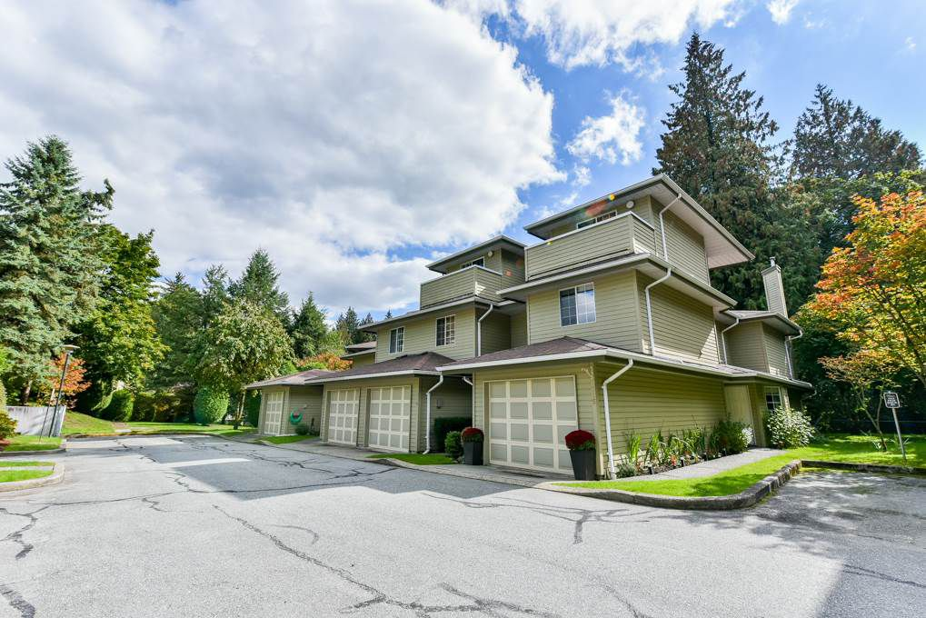 """Main Photo: 115 1386 LINCOLN Drive in Port Coquitlam: Oxford Heights Townhouse for sale in """"MOUNTAIN PARK VILLAGE"""" : MLS®# R2309969"""