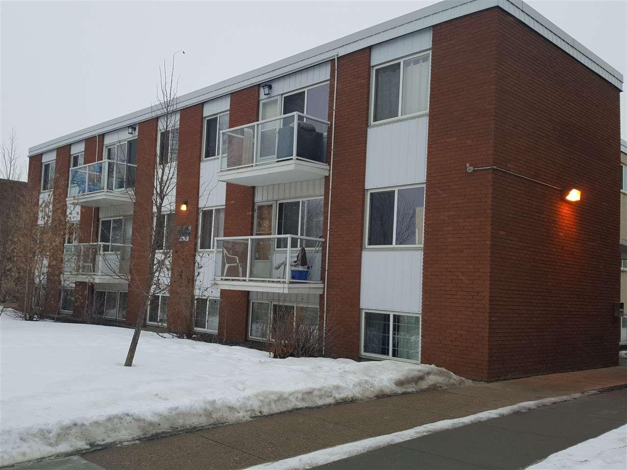 Main Photo: 4 10639 112 Street in Edmonton: Zone 08 Condo for sale : MLS®# E4131144