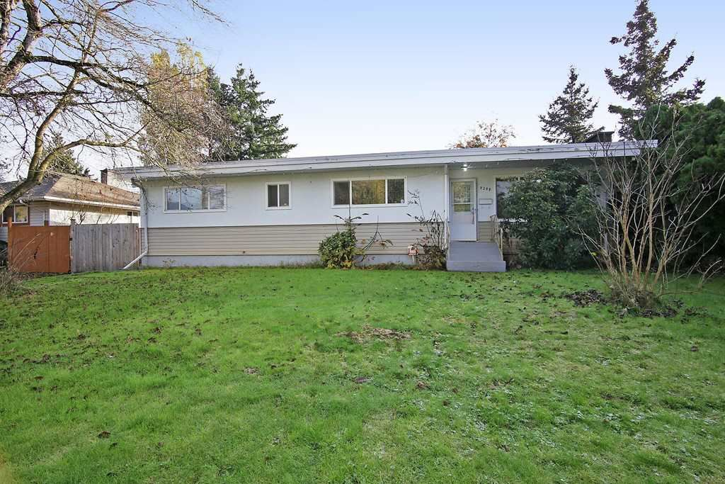 Main Photo: 9298 CARLETON Street in Chilliwack: Chilliwack E Young-Yale House for sale : MLS®# R2322358
