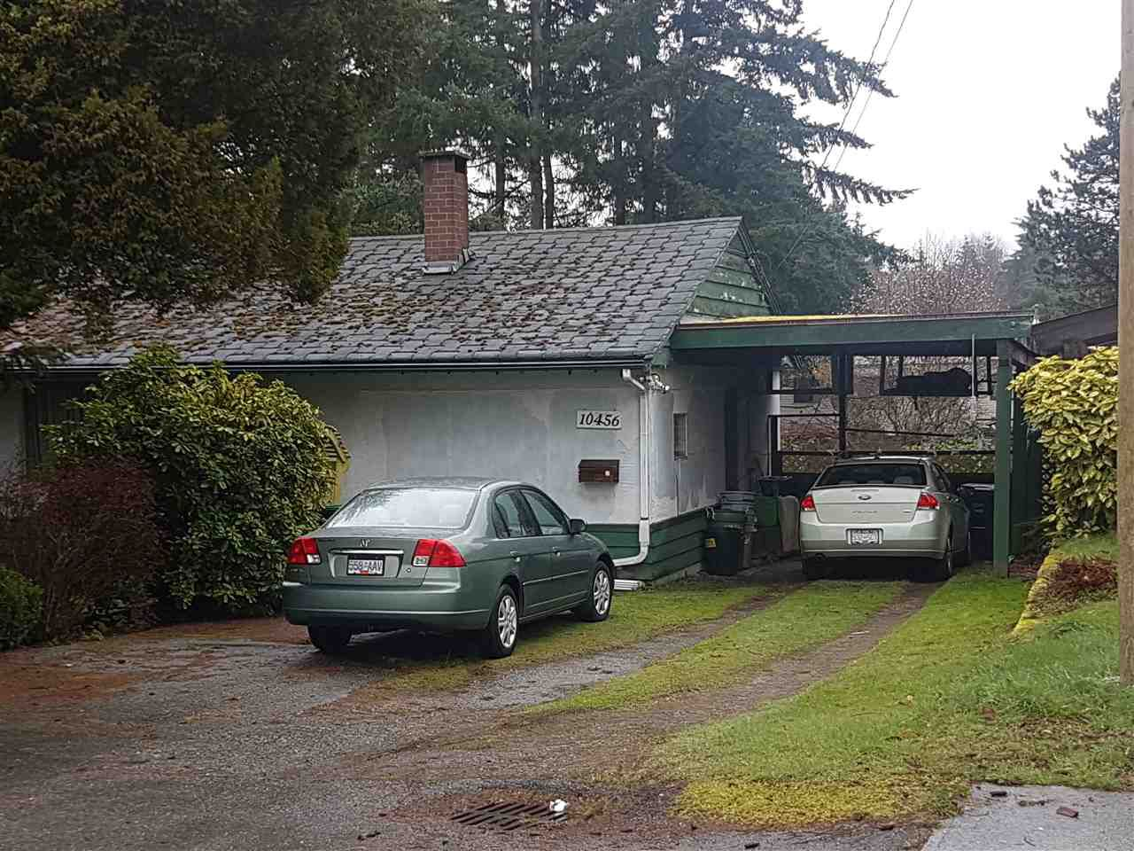 Main Photo: 10456 140B Street in Surrey: Whalley House for sale (North Surrey)  : MLS®# R2334901