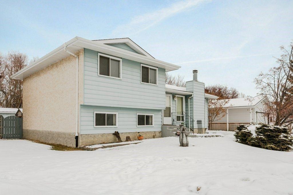 Main Photo:  in Edmonton: Zone 29 House for sale : MLS®# E4142463