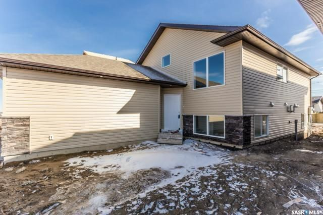 Main Photo: 904 Rockhill Lane in Martensville: Residential for sale : MLS®# SK770969