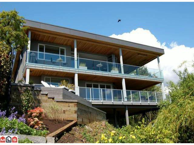 """Main Photo: 14220 MARINE Drive: White Rock House for sale in """"White Rock"""" (South Surrey White Rock)  : MLS®# F1112119"""