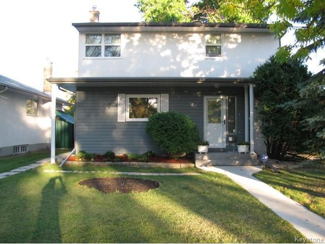 Main Photo: 760 Lanark Street in WINNIPEG: River Heights / Tuxedo / Linden Woods Residential for sale (South Winnipeg)  : MLS®# 1403555