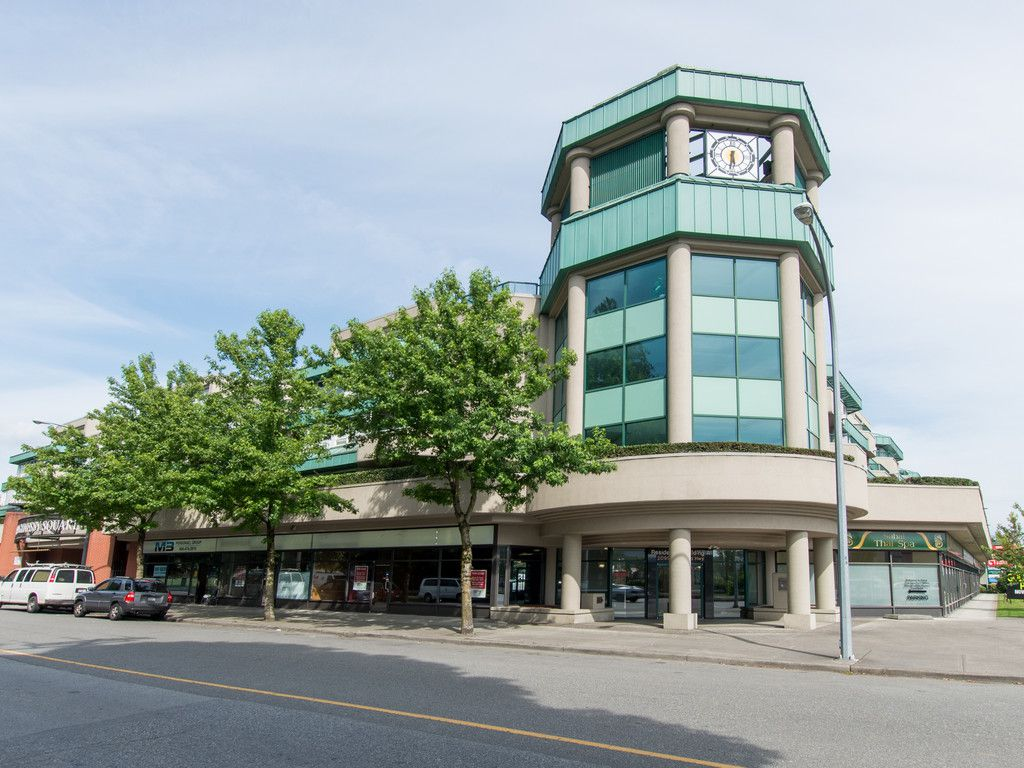 """Main Photo: 330 2099 LOUGHEED Highway in Port Coquitlam: Glenwood PQ Condo for sale in """"Shaughnessy Square"""" : MLS®# R2086396"""