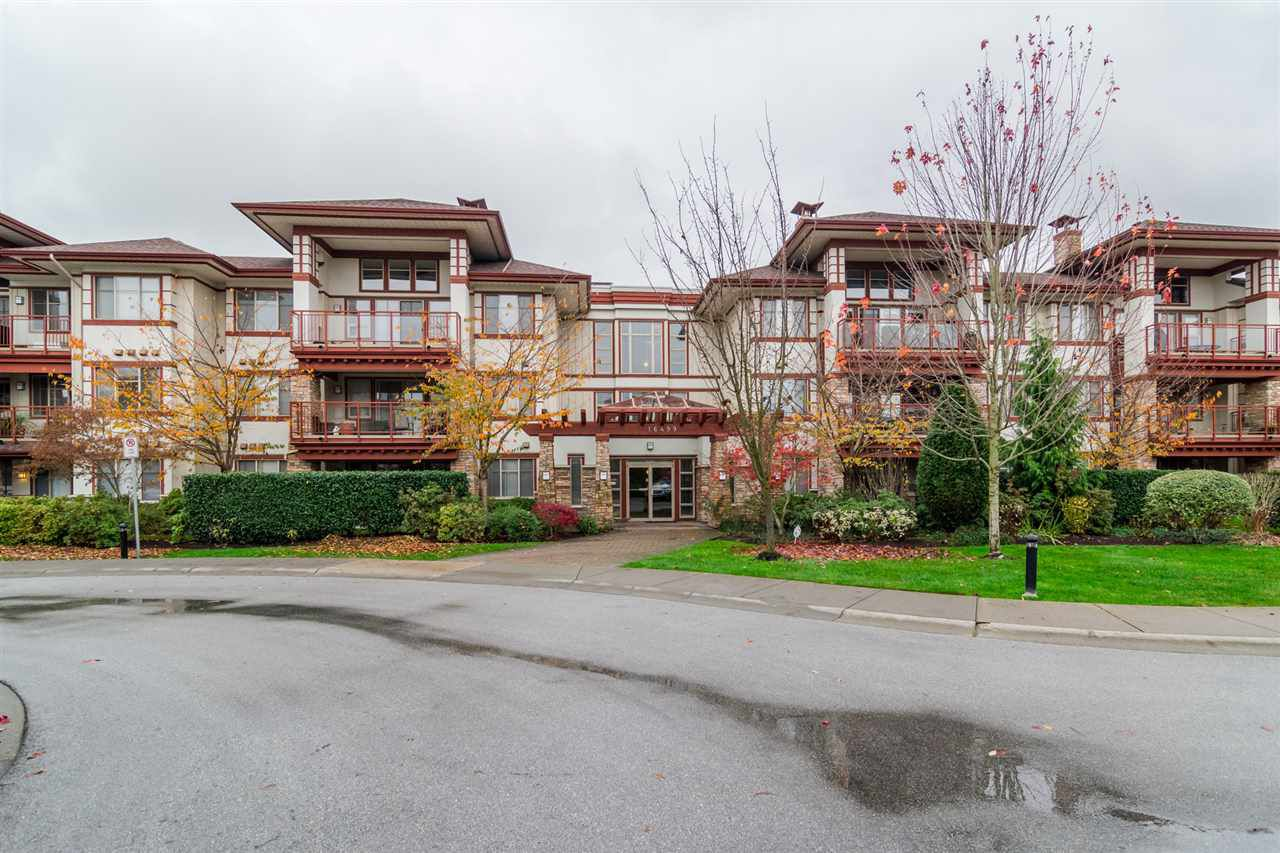 """Main Photo: 101 16499 64 Avenue in Surrey: Cloverdale BC Condo for sale in """"ST. ANDREWS At Northview"""" (Cloverdale)  : MLS®# R2133630"""