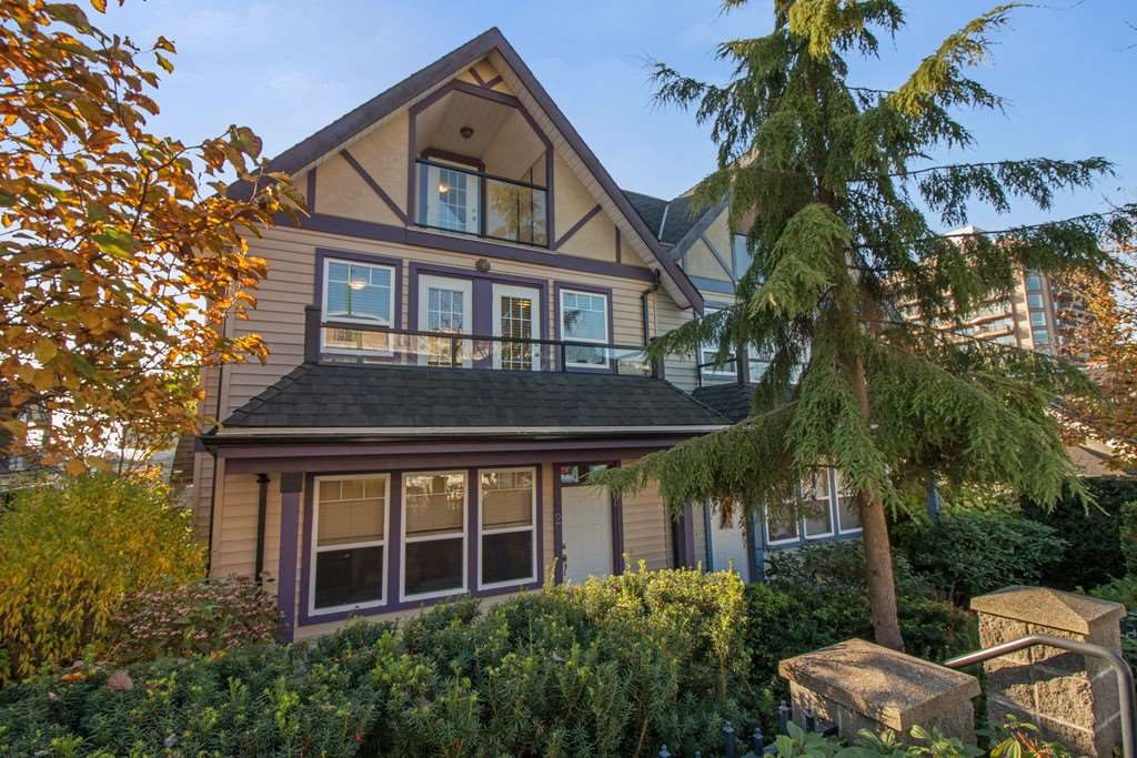 """Main Photo: 2 3838 ALBERT Street in Burnaby: Vancouver Heights Townhouse for sale in """"CENTURY HEIGHTS"""" (Burnaby North)  : MLS®# R2219200"""