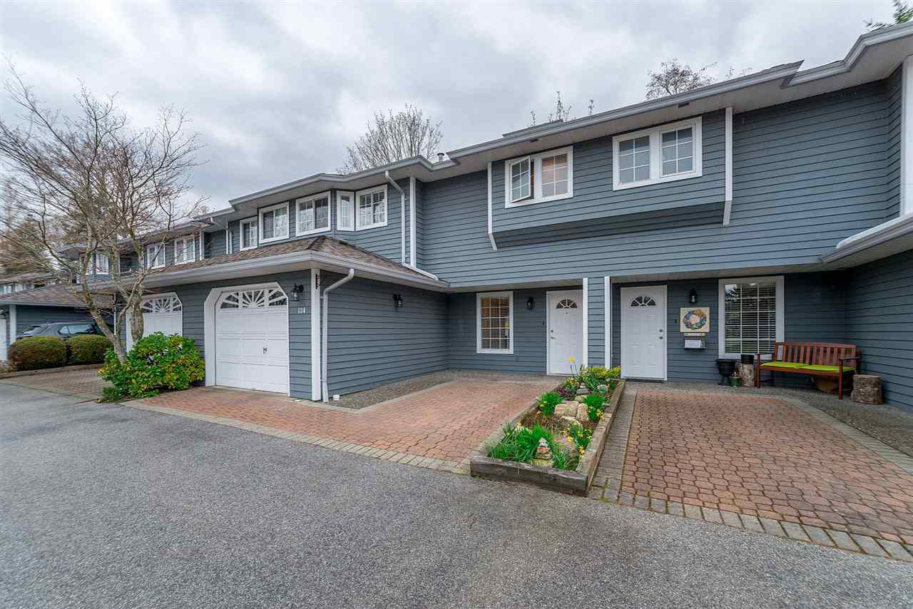 """Main Photo: 134 16335 14 Avenue in Surrey: King George Corridor Townhouse for sale in """"PEBBLE CREEK ESTATES"""" (South Surrey White Rock)  : MLS®# R2260570"""