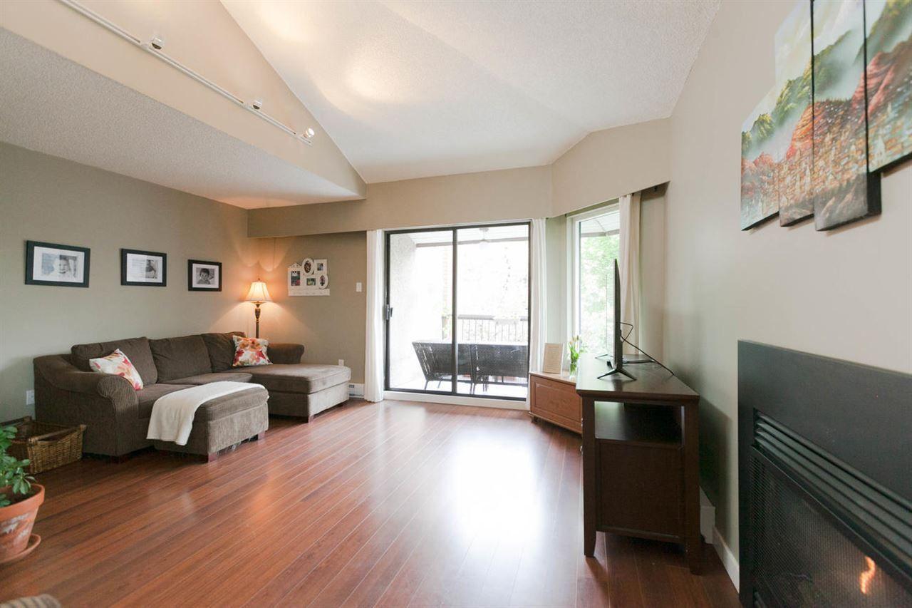 Generous livingroom