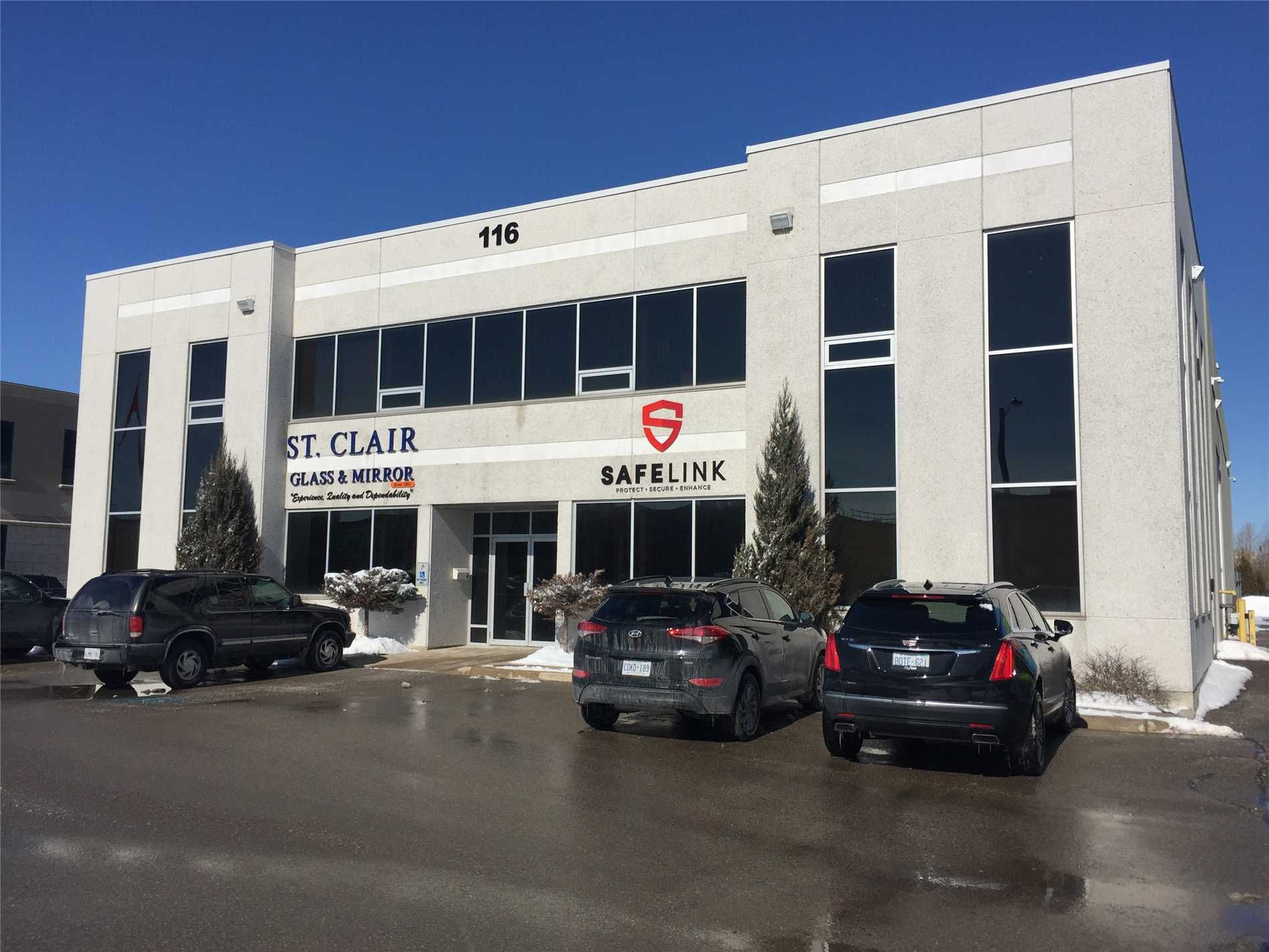 Main Photo: 2A 116 Corstate Avenue in Vaughan: Concord Property for lease : MLS®# N4374541