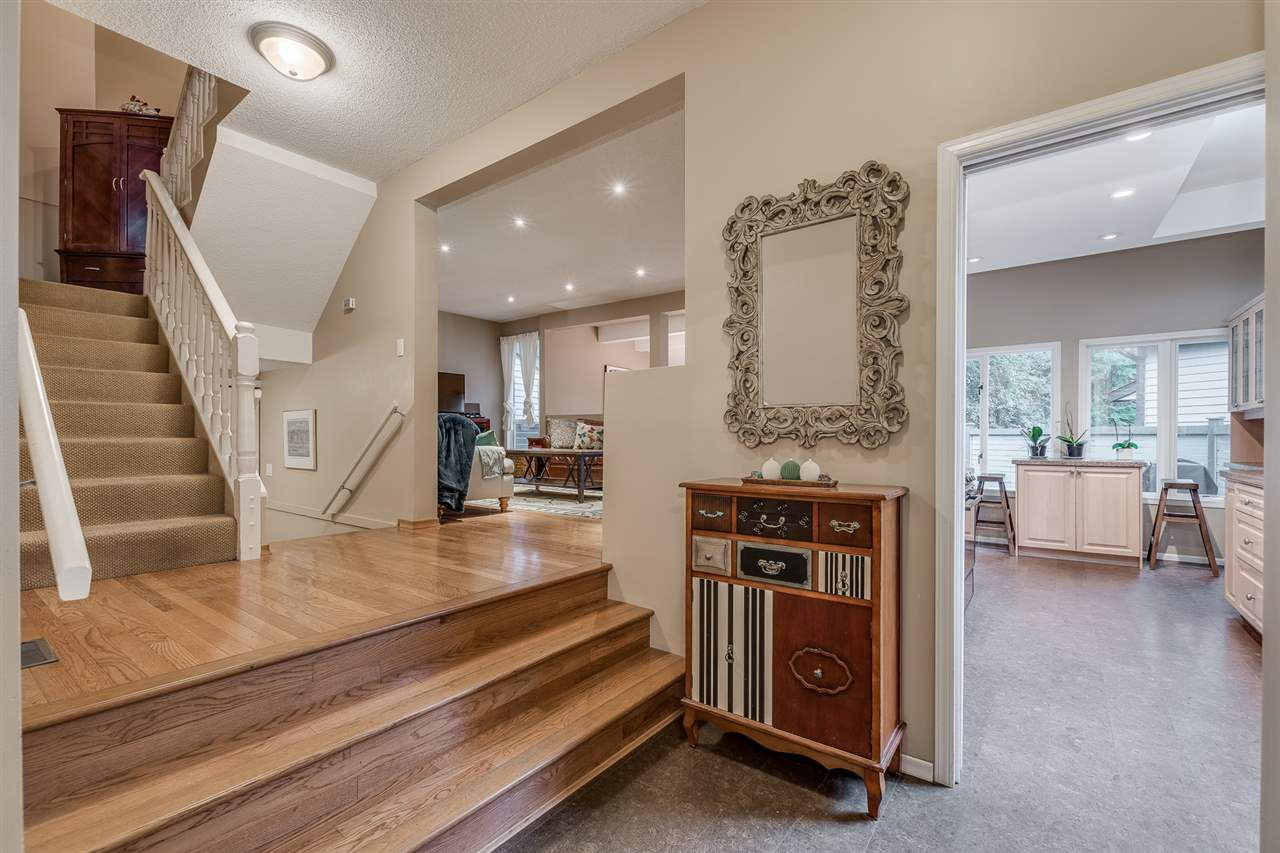 Main Photo: 1967 CEDAR VILLAGE Crescent in North Vancouver: Westlynn Townhouse for sale : MLS®# R2355818