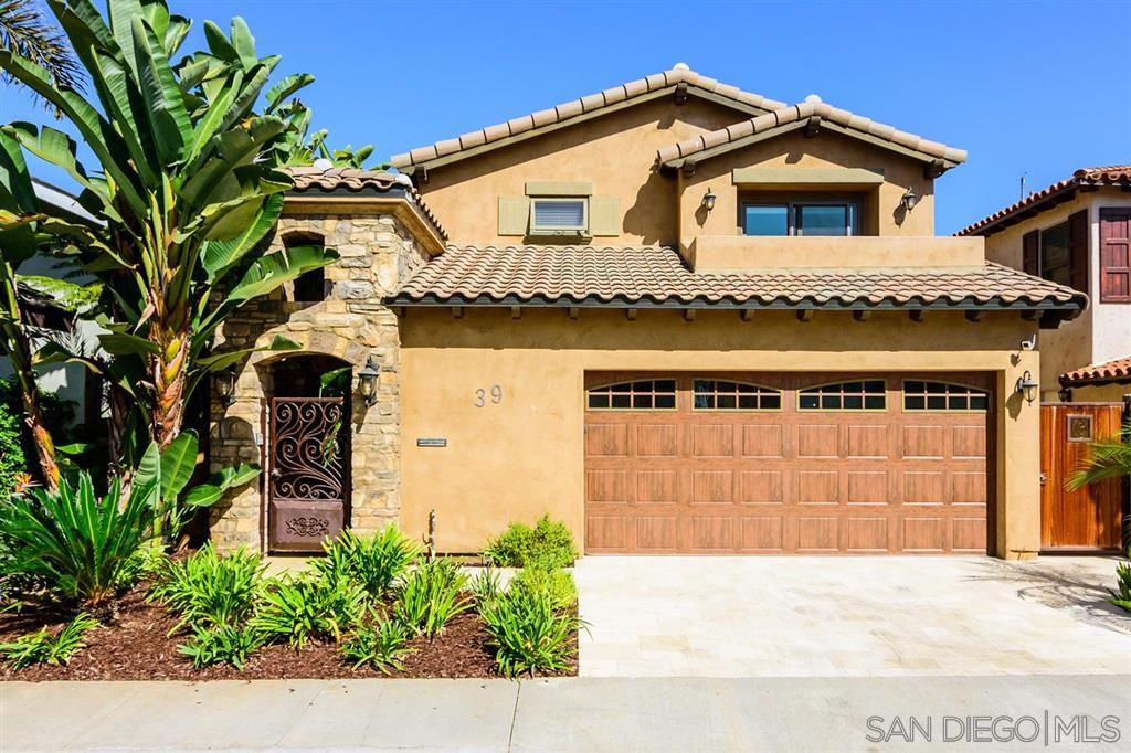 Main Photo: CORONADO CAYS House for sale : 4 bedrooms : 39 Green Turtle Road in Coronado