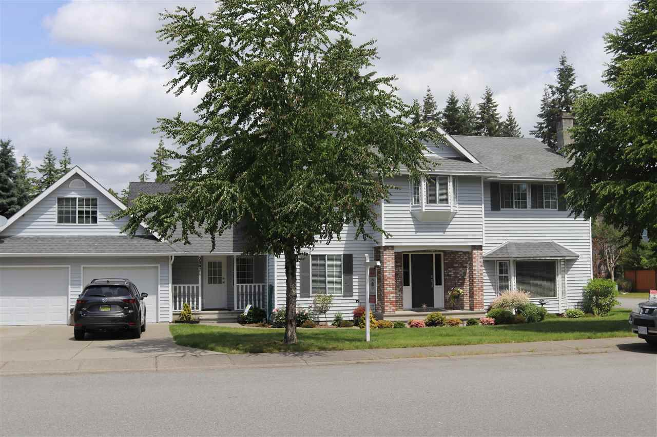 """Main Photo: 20971 44A Avenue in Langley: Brookswood Langley House for sale in """"Cedar Ridge"""" : MLS®# R2377575"""