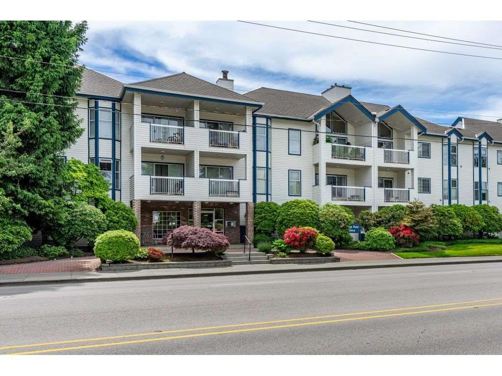 "Main Photo: 204 13918 72 Avenue in Surrey: East Newton Condo for sale in ""TUDOR PARK"" : MLS®# R2378301"