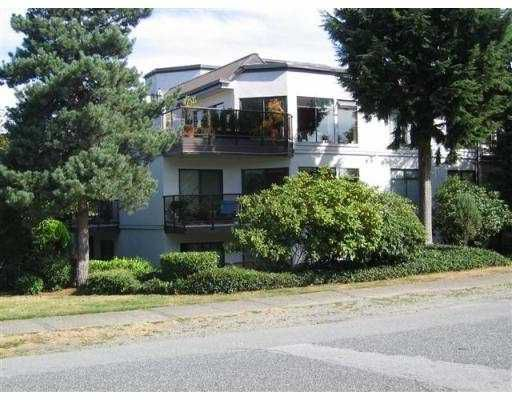 """Main Photo: 206 2222 PRINCE EDWARD ST in Vancouver: Mount Pleasant VE Condo for sale in """"SUNRISE IN THE PARK"""" (Vancouver East)  : MLS®# V556983"""