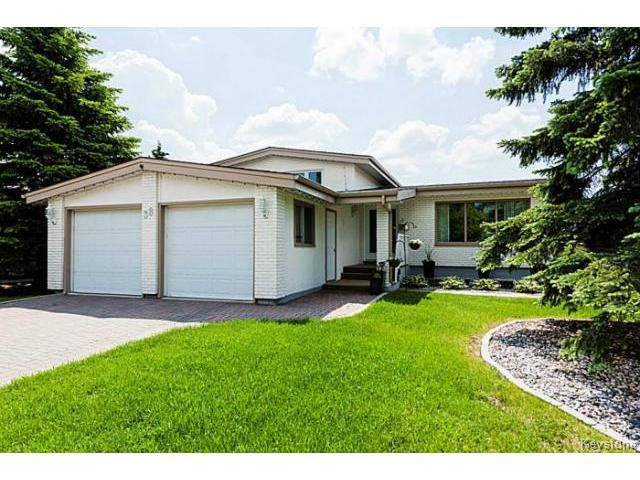 Main Photo: 38 Shoreview Bay in WINNIPEG: Windsor Park / Southdale / Island Lakes Residential for sale (South East Winnipeg)  : MLS®# 1516402
