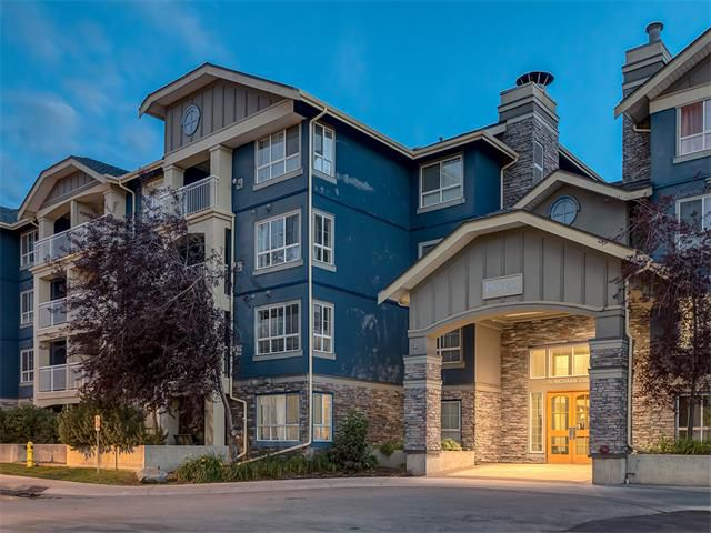 Main Photo: 224 35 RICHARD Court SW in Calgary: Lincoln Park Condo for sale : MLS®# C4021512