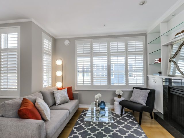 """Main Photo: 201 657 W 7TH Avenue in Vancouver: Fairview VW Townhouse for sale in """"The Ivys"""" (Vancouver West)  : MLS®# R2004886"""
