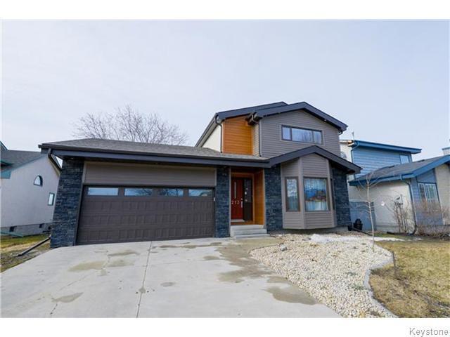 Main Photo: 213 Vince Leah Drive in Winnipeg: West Kildonan / Garden City Residential for sale (North West Winnipeg)  : MLS®# 1607168