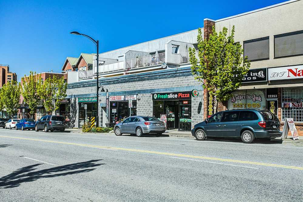 Main Photo: 202 22347 LOUGHEED Highway in Maple Ridge: West Central Condo for sale : MLS®# R2055111