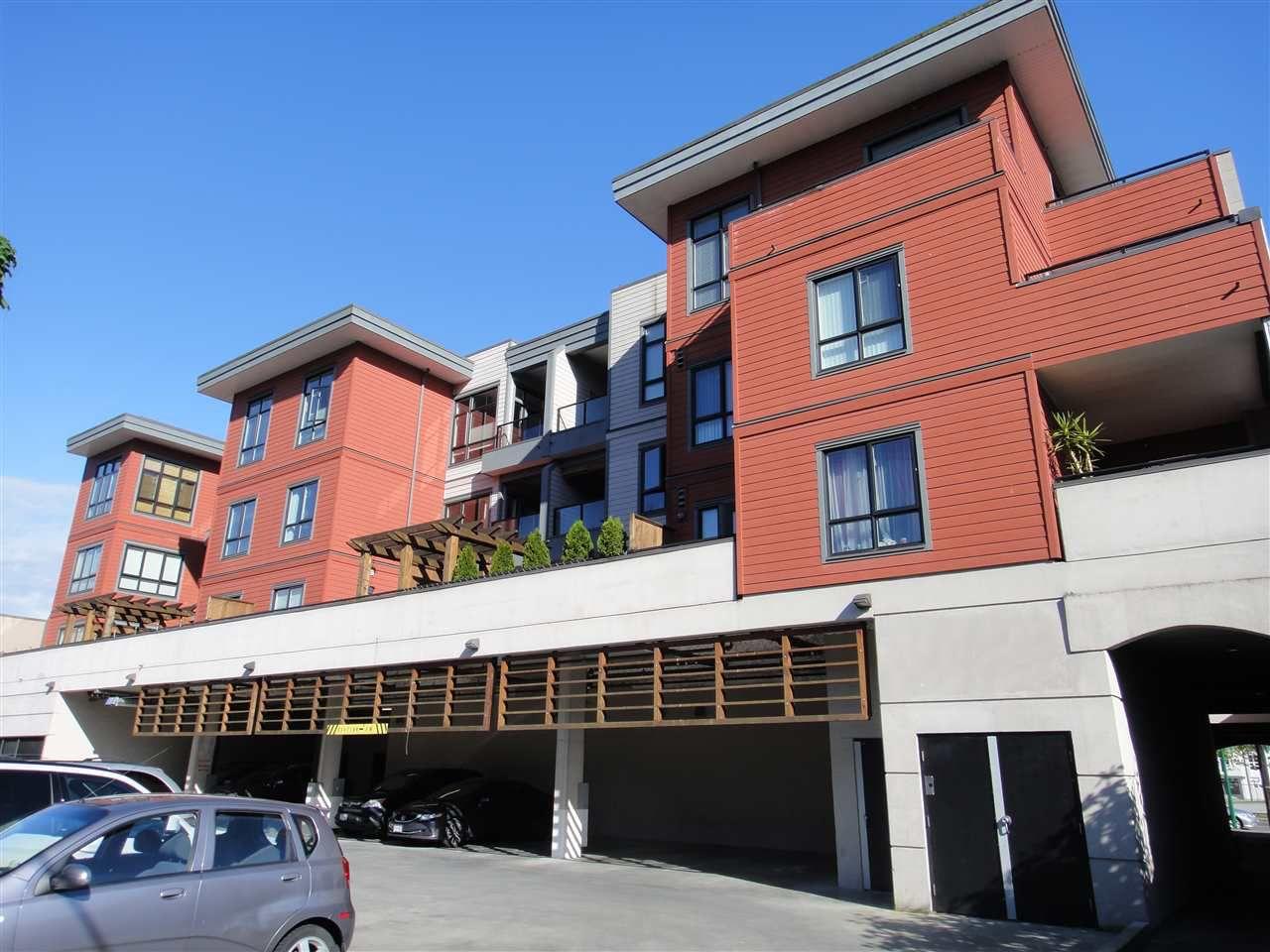 "Main Photo: 303 7655 EDMONDS Street in Burnaby: Highgate Condo for sale in ""BELLA"" (Burnaby South)  : MLS®# R2064255"