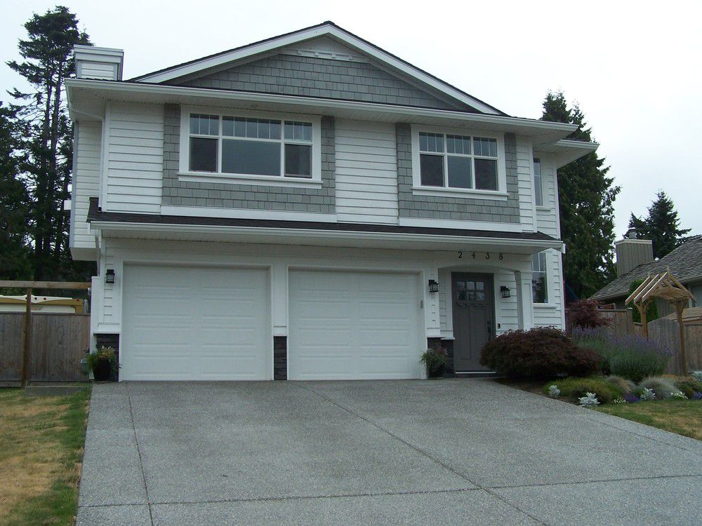 Main Photo: 2438 127B Street in South Surrey White Rock: Home for sale : MLS®# F2917927